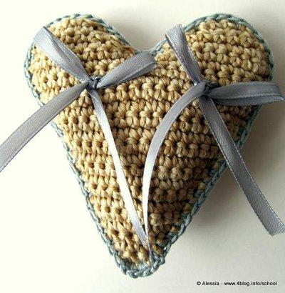Pattern Spiegazione per Cuscino portafedi HEART a Crochet Uncinetto (idea matrimonio wedding)