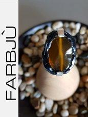Anello in alluminio con pietra dura colore agata  e silicone nero