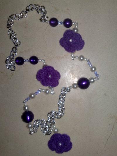 collana rose viola