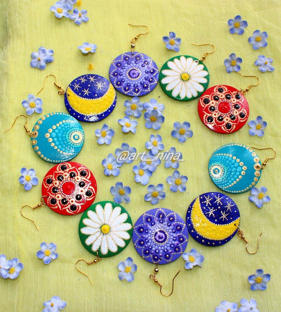 Orecchini  dipinti a mano ( handmade earrings )