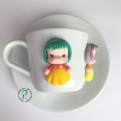 Tazzina da caffè con piattino decorati a mano