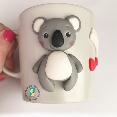 Mug in gres decorata a mano in fimo