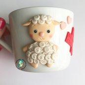 Tazza in porcellana decorata a mano