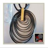 Ciondolo spirale in alluminio nero