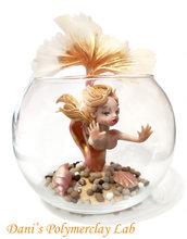 Sirenetta in boccia di vetro