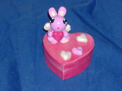 scatolina cuore coniglio alato