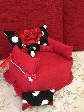 Copriscatola a forma di divano