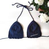 Reggiseno bikini a triangolino in cotone lavorato all'uncinetto. Color blu notte.