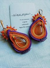 Orecchini pendenti Himalayan arancio e viola, con goccia occhio di gatto, a soutache