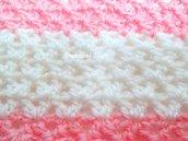 Schema a Uncinetto copertina neonato, punto V alternato archi, schema copertina a uncinetto, Schema 301,schema copertina rosa e bianca