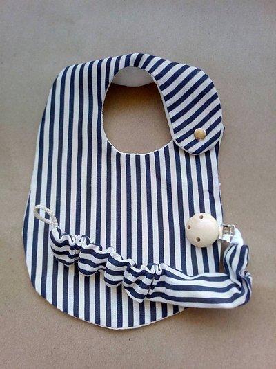 bavaglini e porta ciuccio a righe blu e bianco / rosa e bianco