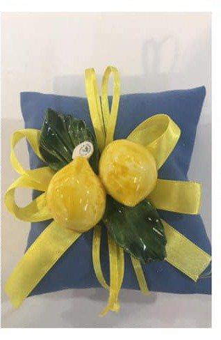 Bomboniera limoni in Capodimonte su cuscino