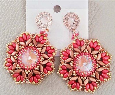 Orecchini color corallo