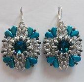 Orecchini turchesi con perline