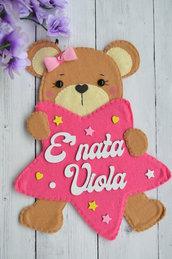 Fiocco nascita bimba. Fiocco nascita pannolenci. Fiocco nascita personalizzato. Fiocco nascita orsetto. Fiocco nascita rosa.