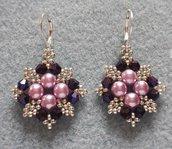 Orecchini con perle e cristalli