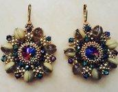 Orecchini rotondi multicolore e beidge con perline piggy