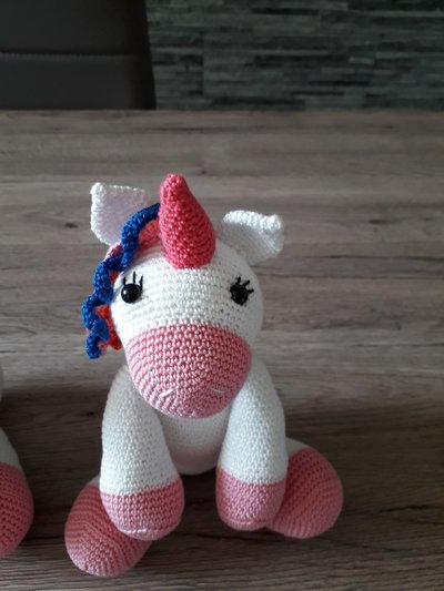 Pupazzo unicorno in cotone
