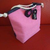 Pinky My Handbag