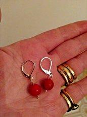 Orecchini donna pendenti in vero corallo rosso con perle da 8 mm chakra cristalloterapia