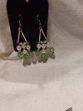 orecchini con vetro perle
