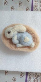 Coniglietto lana cardata
