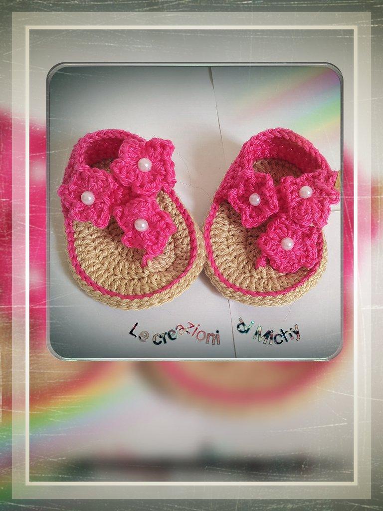 Infradito neonata uncinetto con fiorellini