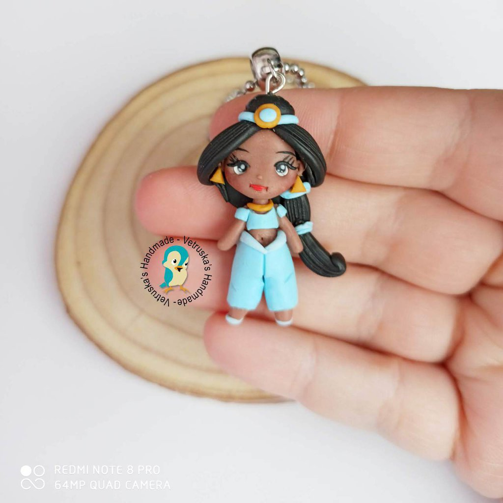 Collana in acciaio inox con bambolina in fimo fan art