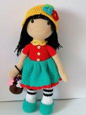 Fiorella, bambola amigurumi