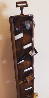 Cantinetta porta bottiglie di vino in legno