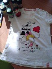 maglietta dipinta per bambini