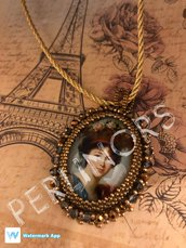 """Collana """"Madame"""" in embroidery"""