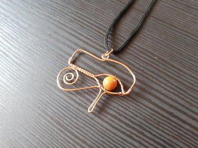 Ciondolo wire in rame occhio di Horus