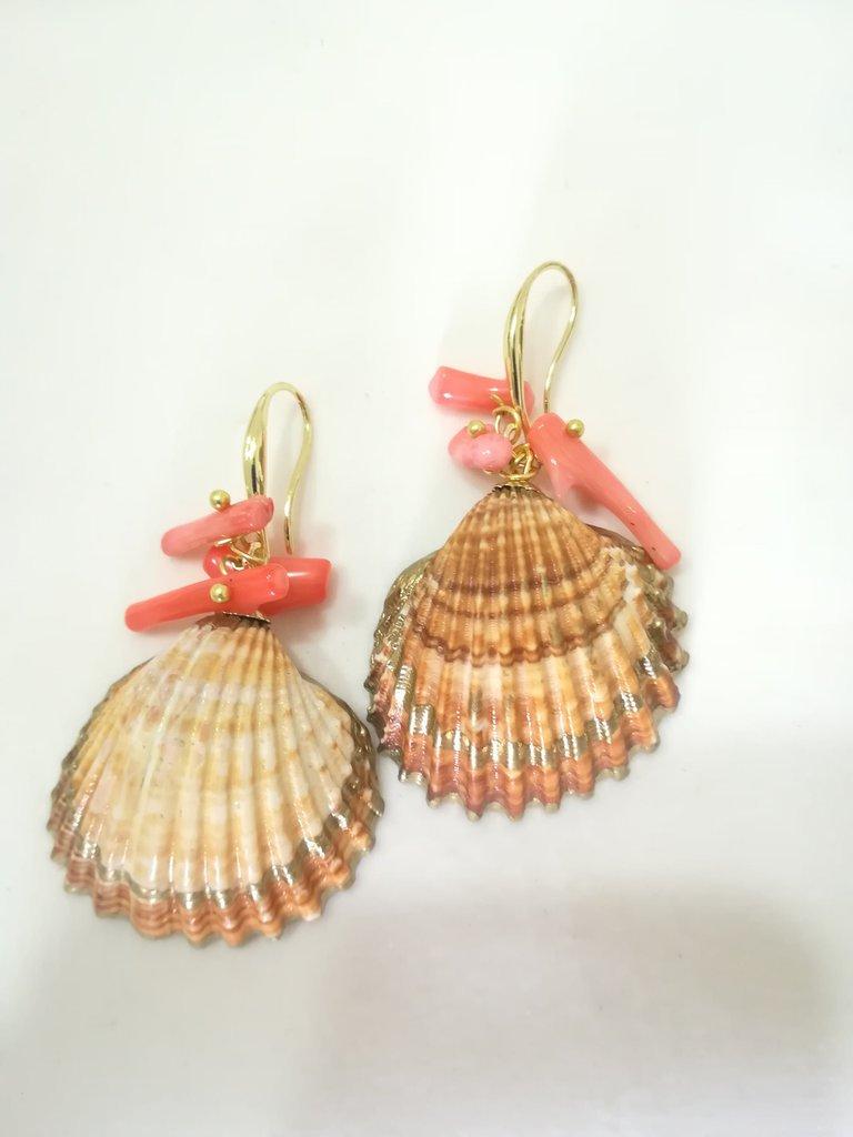 Orecchini conchiglia corallo perle di fiume