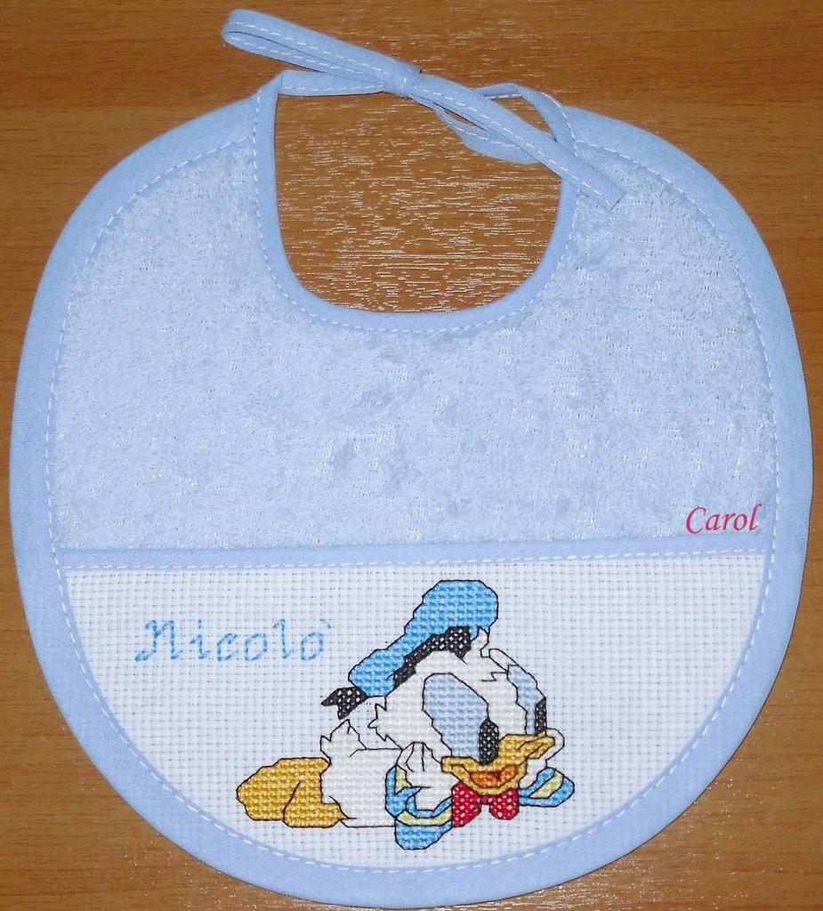 "Bavaglino ""Baby Paperino"" -punto croce-"
