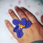 Anello amigurumi orchidea