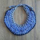 Super collana bavaglino in blu