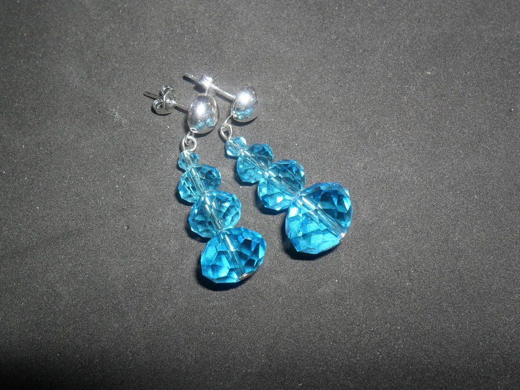 orecchini azzurri