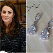 orecchini pendenti kate middleton principessa duchessa inghilterra cristallo goccia eleganti