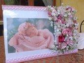 Cornice portafoto in plexiglas per nascita bimba, fiori e boccioli cuciti a mano
