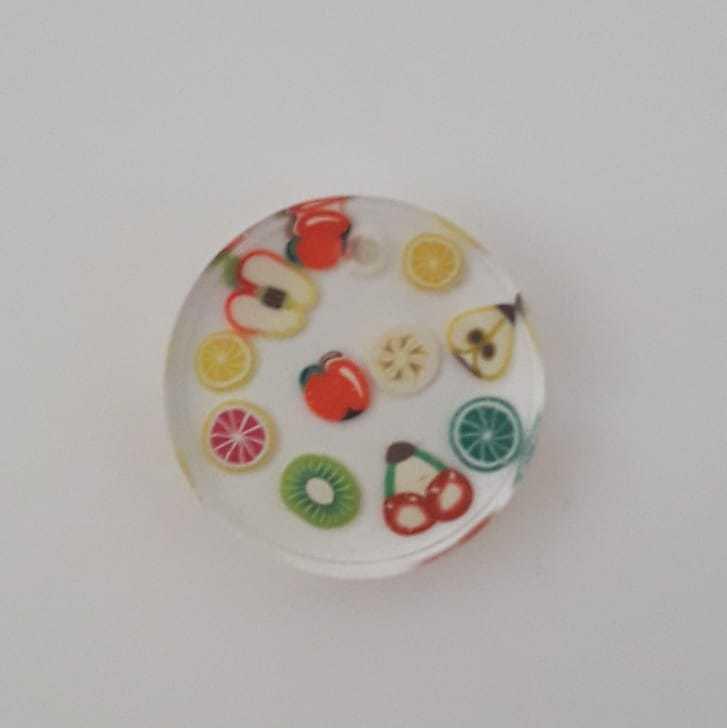 Collana con fettine di frutta
