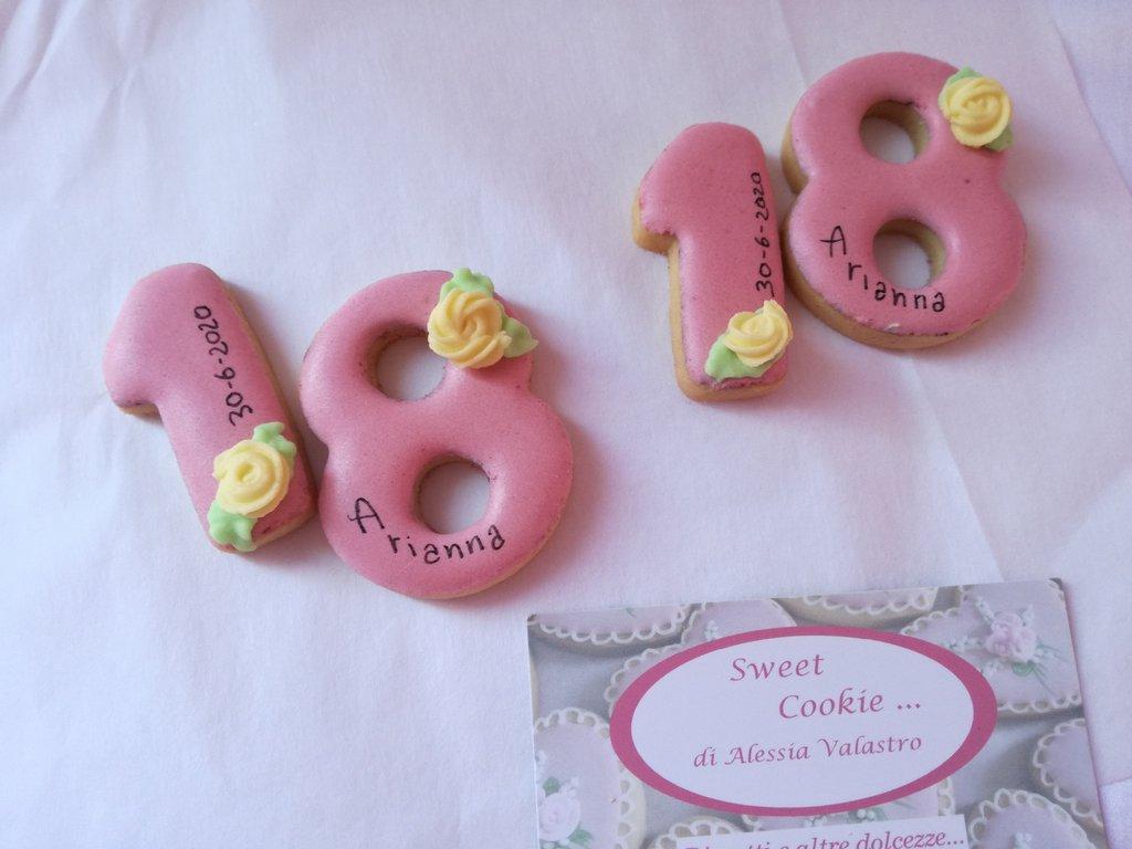 ricordo compleanno gadget biscotto cookie 18 anni segna posto 50 anni eventi speciali personalizzati  2 anni 1 anno