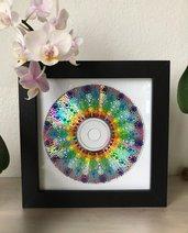 Quadretto con mandala dipinto a mano su disco