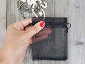 Sacchetto in organza nero per custodire i gioielli. Sacchetto organza per gioielli. Confezione regalo