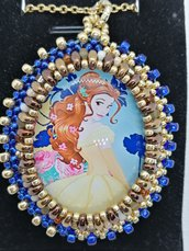 LA BELLA E LA BESTIA, ciondolo,pendente,collana personaggi cartoni animati, Principesse, Cabochon in vetro 30x40mm incastonato a mano