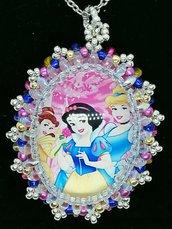 Principesse Bella, Cenerentola, Biancaneve, ciondolo,pendente,collana personaggi cartoni animati, Principesse, Cabochon in vetro 30x40mm incastonato a mano