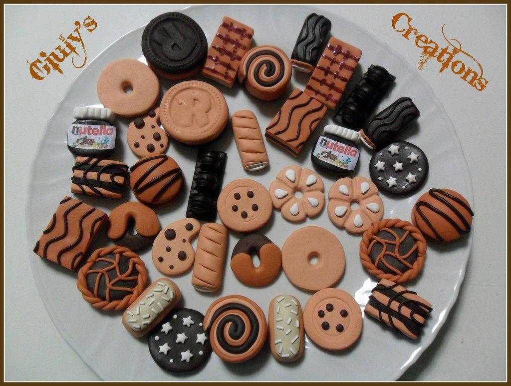 ciondoli in fimo biscotti