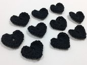 Mini Cuori neri a uncinetto per applicazioni / Set di 10 cuori.