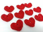Mini Cuori rossi a uncinetto per applicazioni / Set di 10 cuori.