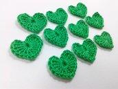 Mini Cuori verde smeraldo a uncinetto per applicazioni / Set di 10 cuori.